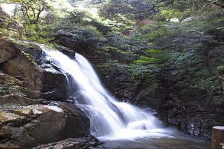20120512松坂さん雲見の瀧1.jpg